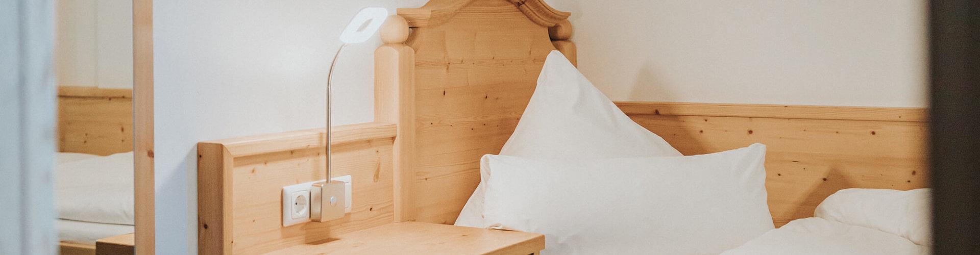 Einzelzimmer Bett